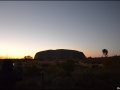 nt-trt-uluru-sunrisebasewalk-08
